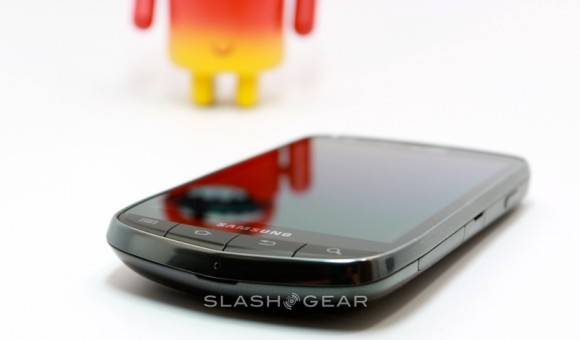 verizon-droid-charge-07-SlashGear-580x340