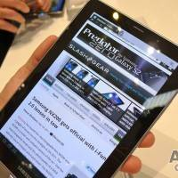 samsung-galaxy-tab-7-7-hands-on09-slashgear