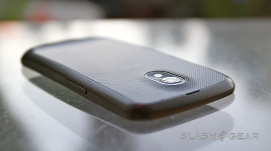 galaxy-nexus-hands-on-12-SlashGear-540x301