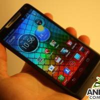 motorola-razr-i-hands-on-ac-2