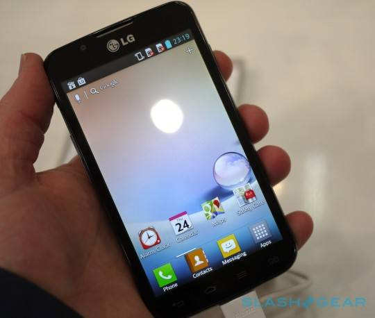 lg_optimus_l7-ii_l5-ii_l3-ii_hands-on_sg_8