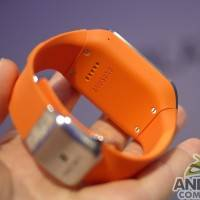 samsung_galaxy_gear_smartwatch_ac_12