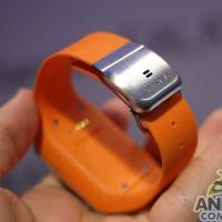 samsung_galaxy_gear_smartwatch_ac_13