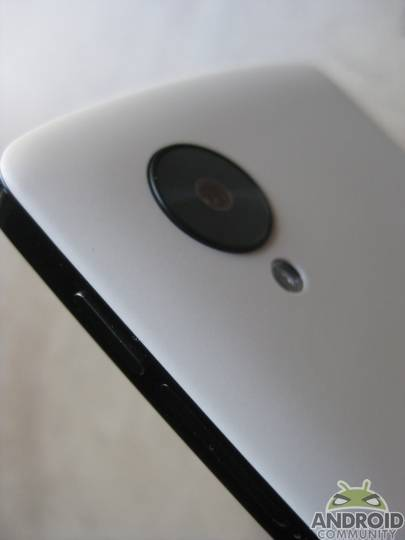 nexus-5-camera-closeup