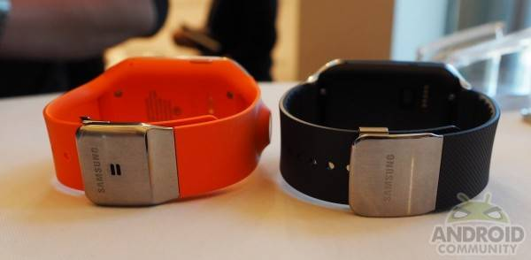 Galaxy Gear vs Gear 2