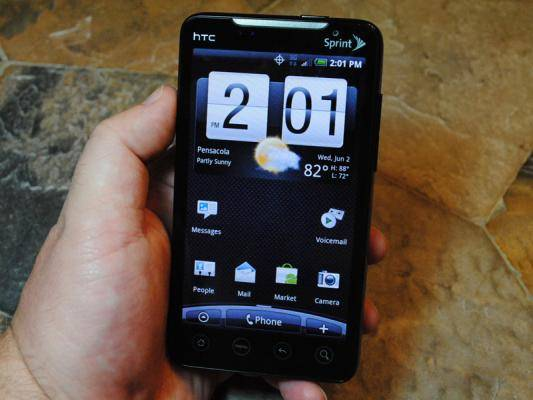 thumb_550_sprint-htc-evo-4g-1
