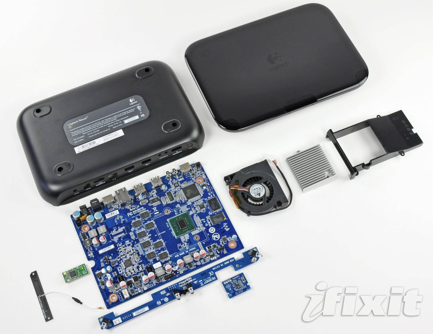 logitech_revue_teardown
