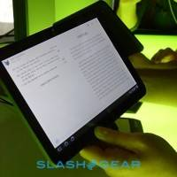 xoom-android-honeycomb-hands-on-06-slashgear