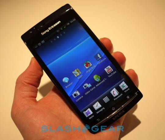 sony_ericsson_xperia_arc_hands-on_12-540x460