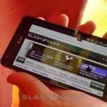 Samsung-INFUSE-4G-unboxing-18-SlashGear--580x326