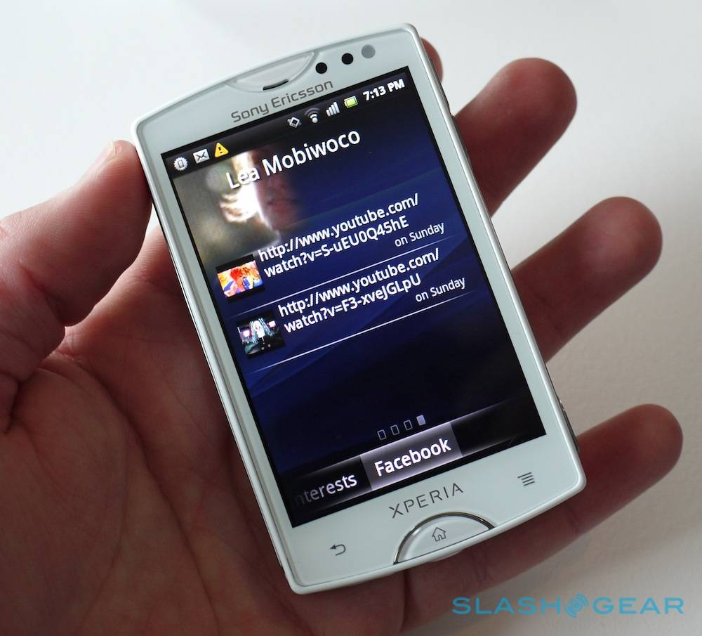sony ericsson xperia mini and xperia mini pro hands on updated with addl pics android community. Black Bedroom Furniture Sets. Home Design Ideas