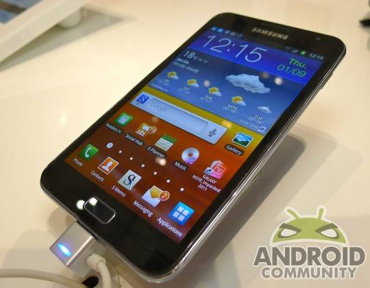 samsung-galaxy-note-2-hands-on01-slashgear1-540x421
