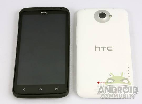 htc-one-x-black-white-18htc-one-x-ac-1-540x395