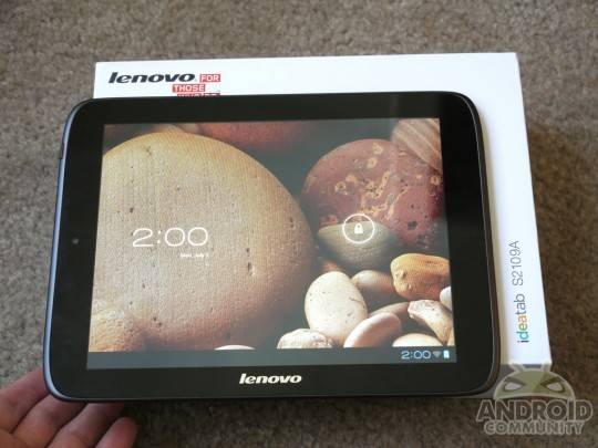 Lenovo IdeaTab S2109 budget ICS tablet Hands-on