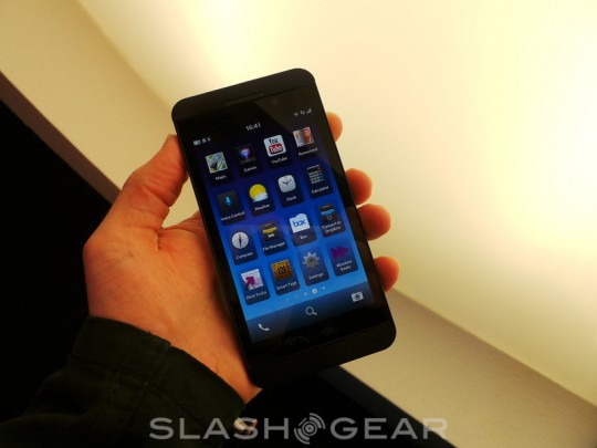 BlackBerry Z10 users will be able to sideload Android apps