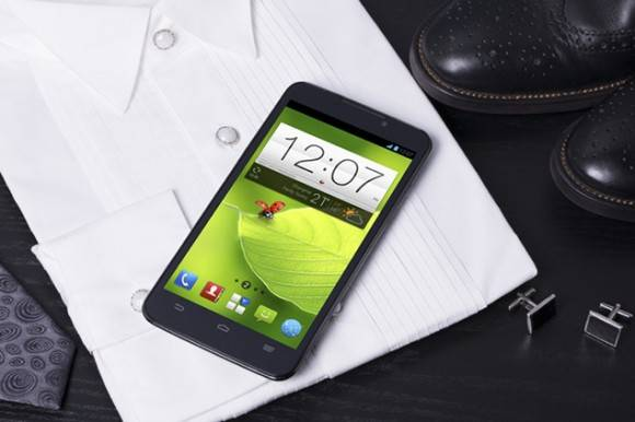 zte-grand-memo-android-phablet-0-580x386