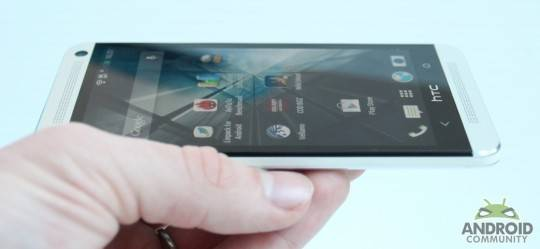 htcone_androidcommunity_review1