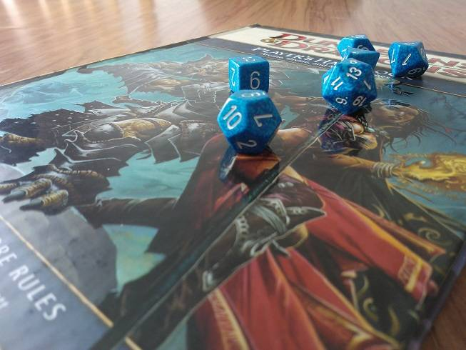 Dungeons-and-Dragons-Players-Handbook-on-Tabletop