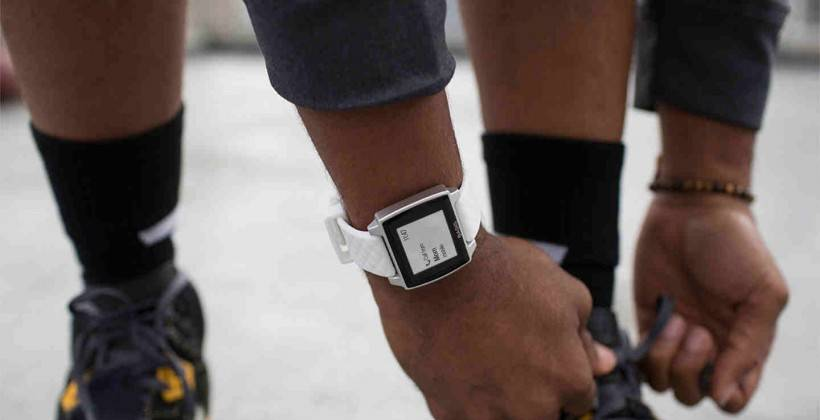 college students with smartwatches