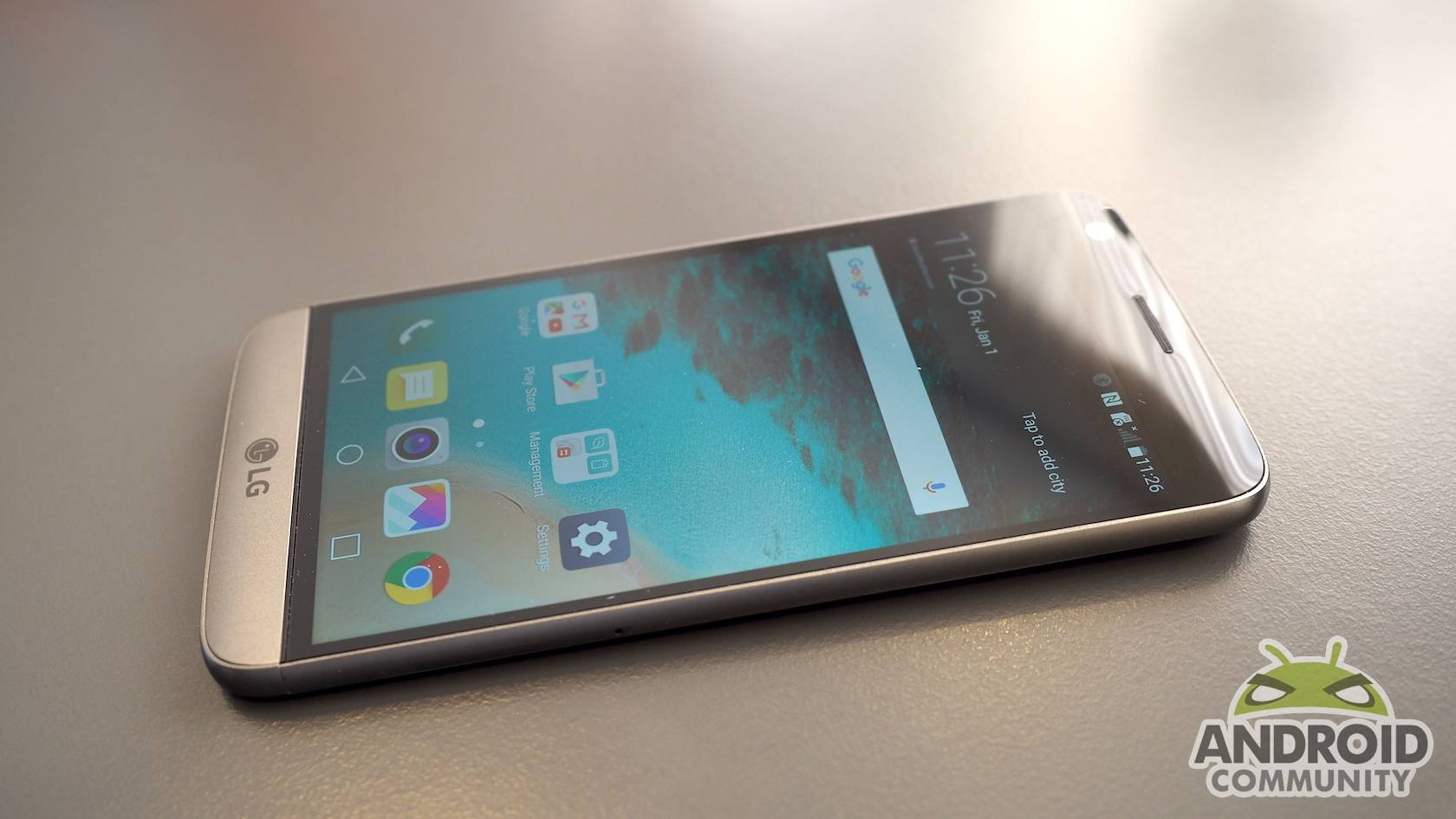 LG G5 delivers a heap of interesting features, new