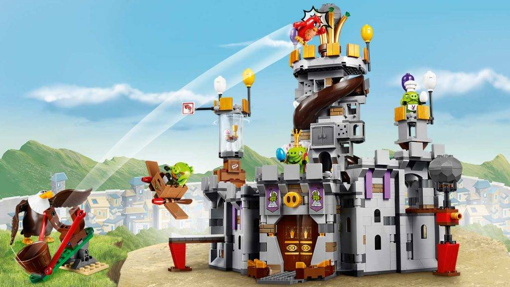 lego-angry-birds-movie-King-Pigs-Castle-75826_home-banner-2