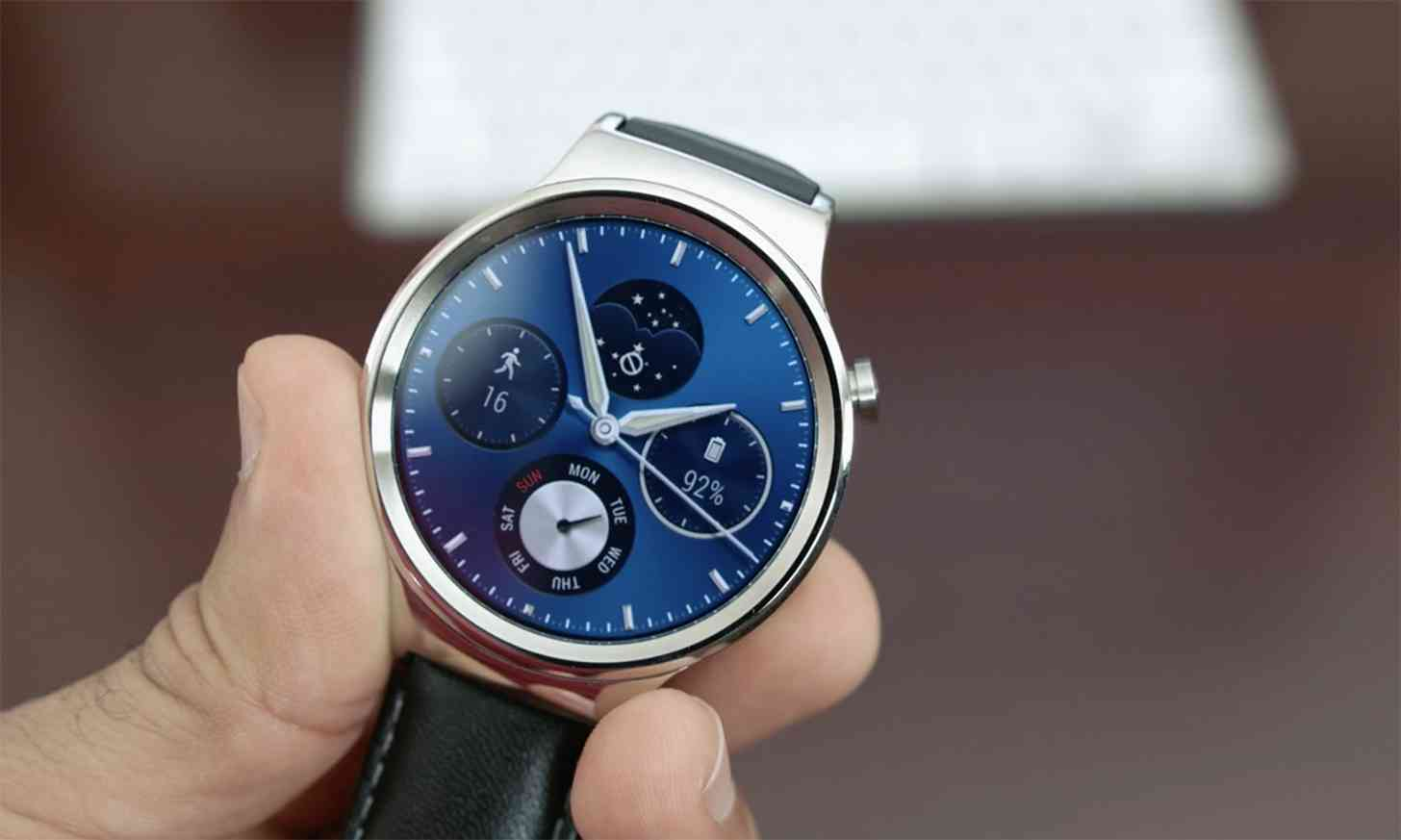Android Wear huawei watch finally gets update to android wear 2.0