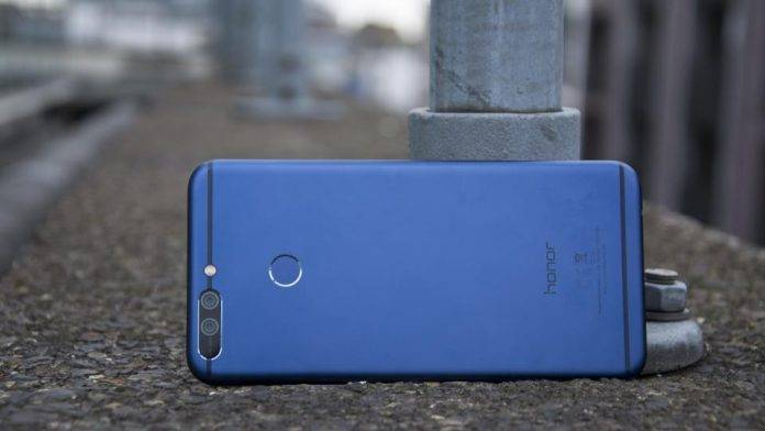Huawei meets up with fans, users in India, confirms Oreo for