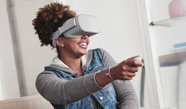 HOW TO: Sideloading Android apps to your Oculus Go - Android