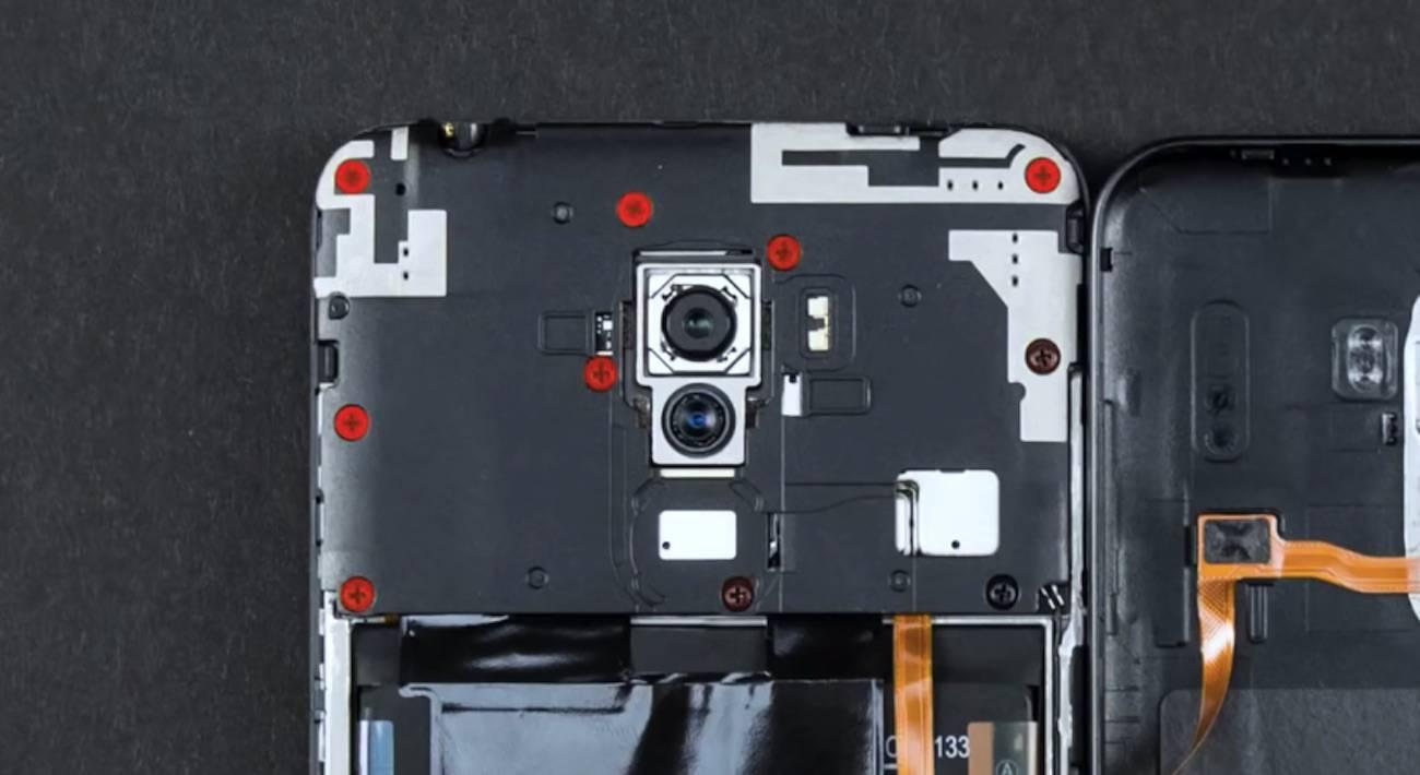 Xiaomi Pocophone F1 Teardown: How is this affordable again