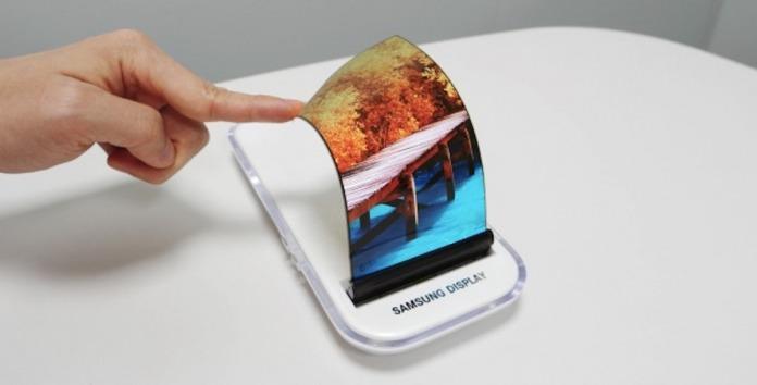 Samsung Flexible OLED Display