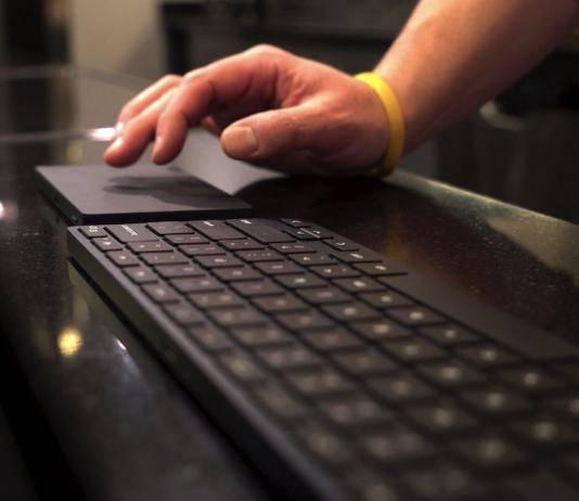 Brydge Wireless Bluetooth Keyboard