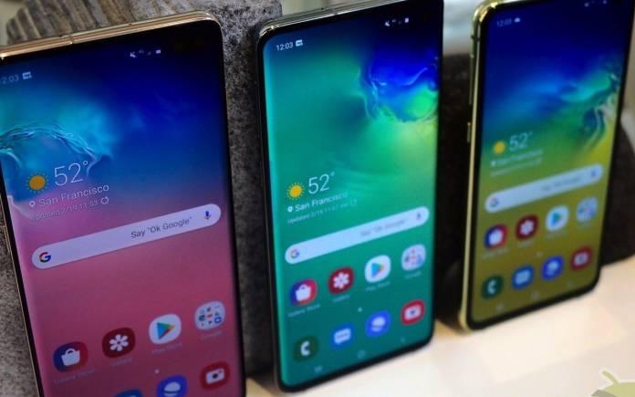 Samsung Full-screen Display