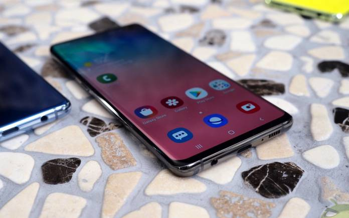 Samsung Galaxy S10 fingerprint recognition