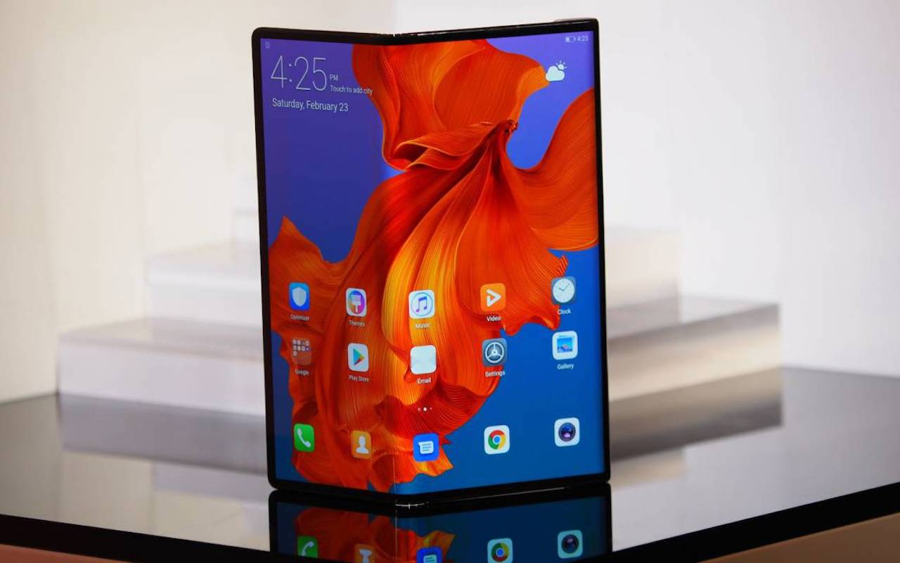 Make It Happen >> Huawei Mate X foldable phone launch moved to September ...