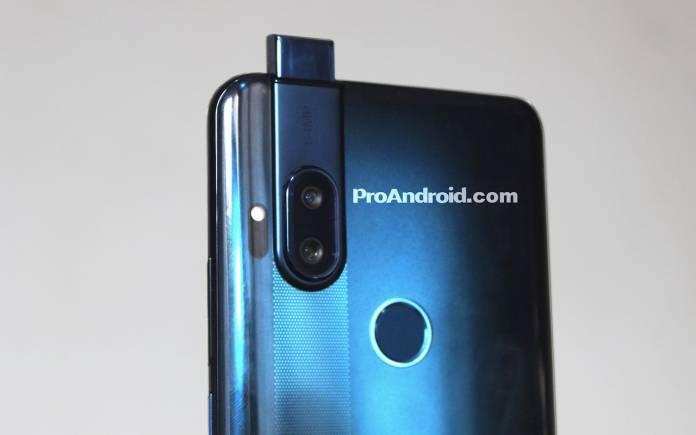 Motorola One all-screen