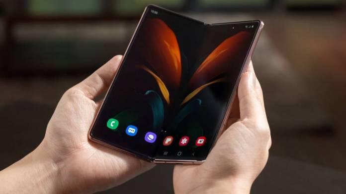 Samsung Galaxy Z Fold 3 Concept 2021