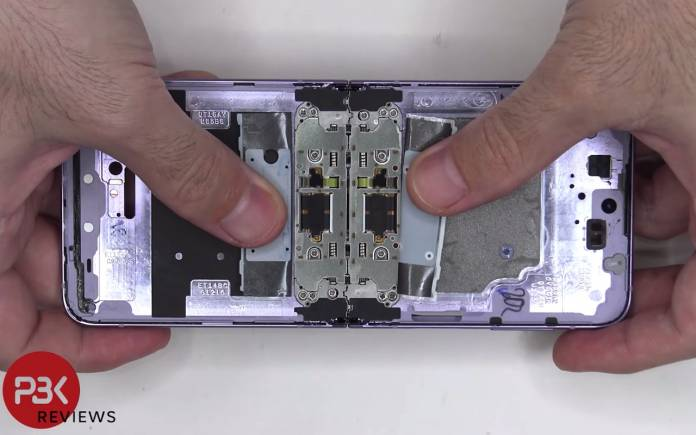 Samsung Galaxy Z Flip 3 5G Disassembly Teardown