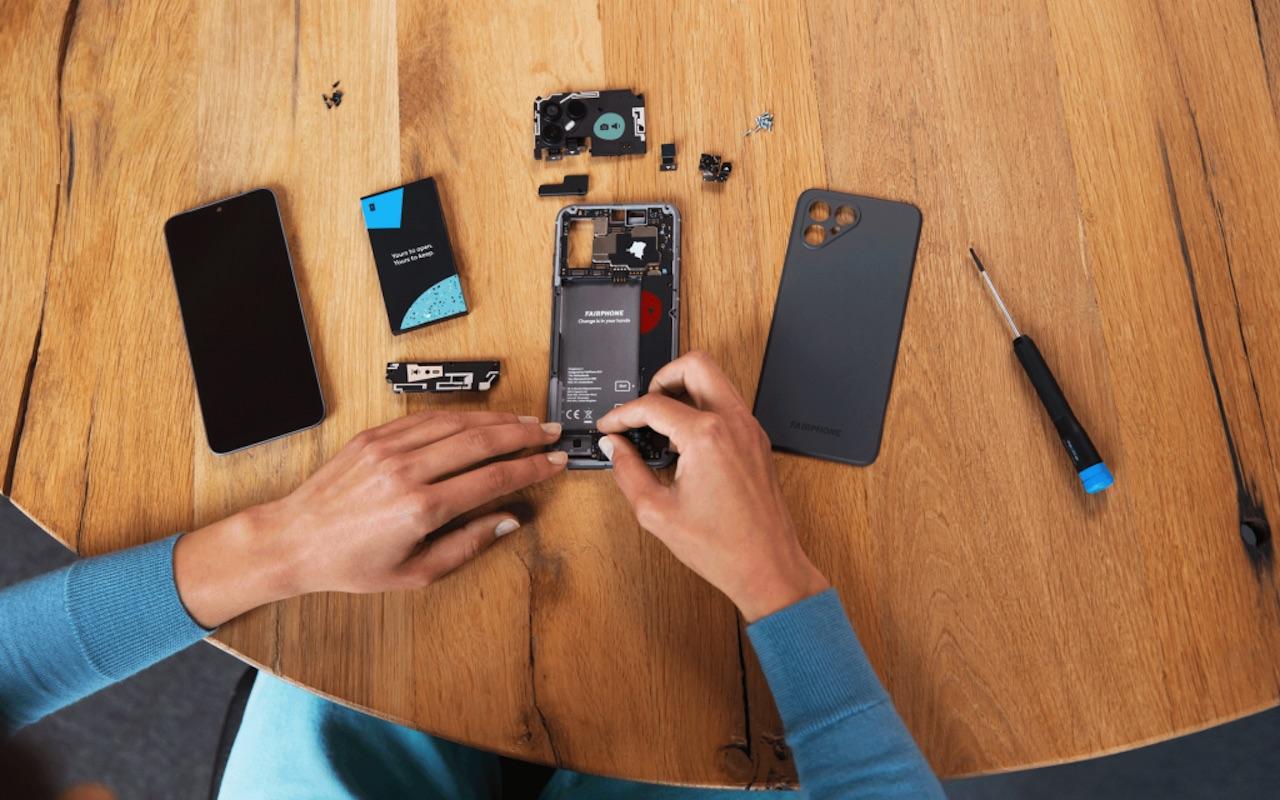 Fairphone 4 Modular Phone