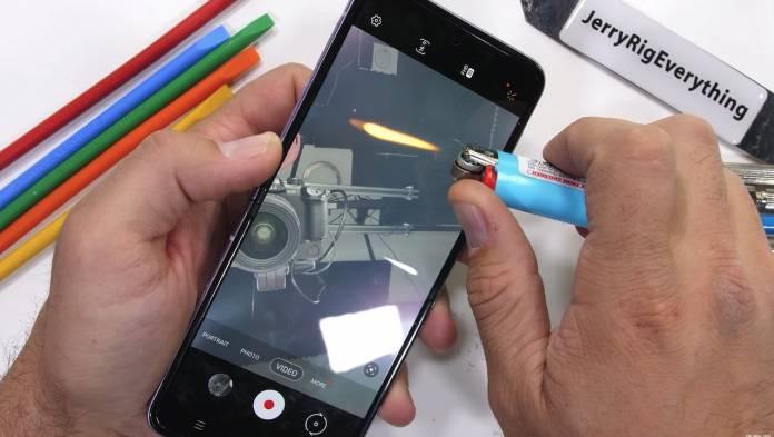 Samsung Galaxy Z Flip 3 Durability Test